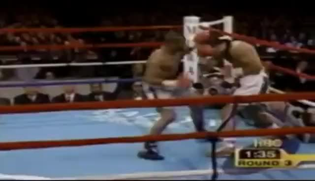 "Watch Roy Jones Jr. ""Perfect Fighter"" Highlights by Kimura GIF on Gfycat. Discover more All Tags, Highlights, boxe, fight, fighter, hl, jones, jr, perfect, roy GIFs on Gfycat"