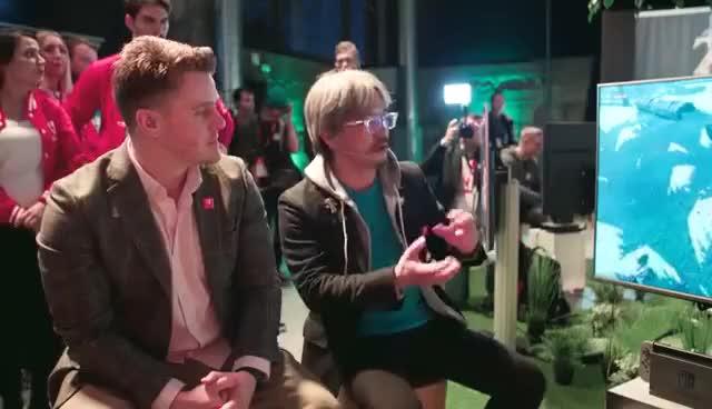 Watch and share The Legend Of Zelda: Breath Of The Wild - 20 Minuten Live Gameplay Mit Eiji Aonuma (Nintendo Switch) GIFs on Gfycat
