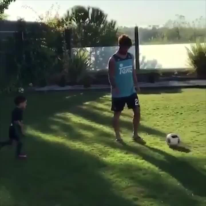 dad, father, football, goals, isco, real madrid, soccer, isco GIFs