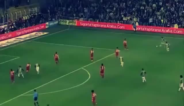 Watch and share Moussa Sow Galatasaray'a Attığı Rövaşata Golü GIFs on Gfycat