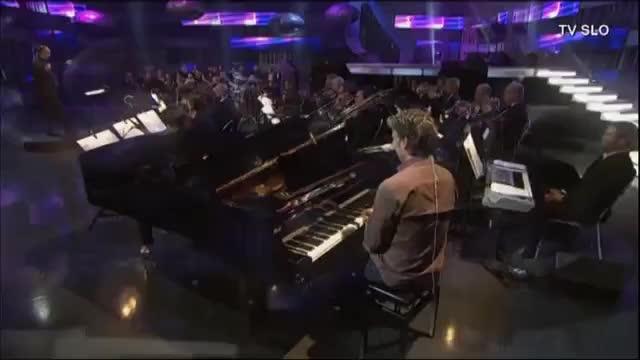 Watch Jan Plestenjak - Ona sanja o Ljubljani (orchestra version) GIF on Gfycat. Discover more Jan, Koncert, Ona, glasba, hd, ljubljana, nastop, orkester, osebno, plestenjak, rtv, sanja, slovenija, tv GIFs on Gfycat