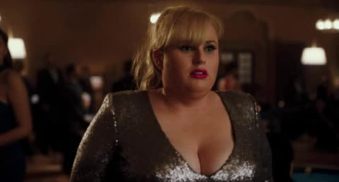 frightened, rebel wilson, scared, Pitch Perfect - Scared Rebel Wilson GIFs