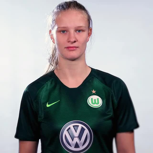 Watch and share 02 FlagDEN GIFs by VfL Wolfsburg on Gfycat