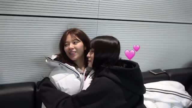 Watch this jeongyeon GIF by Blueones (@blueones) on Gfycat. Discover more jeongyeon, kpop, momo, twice GIFs on Gfycat