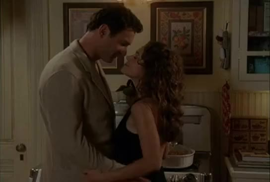 julian-mcmahon-topless-in-charmed