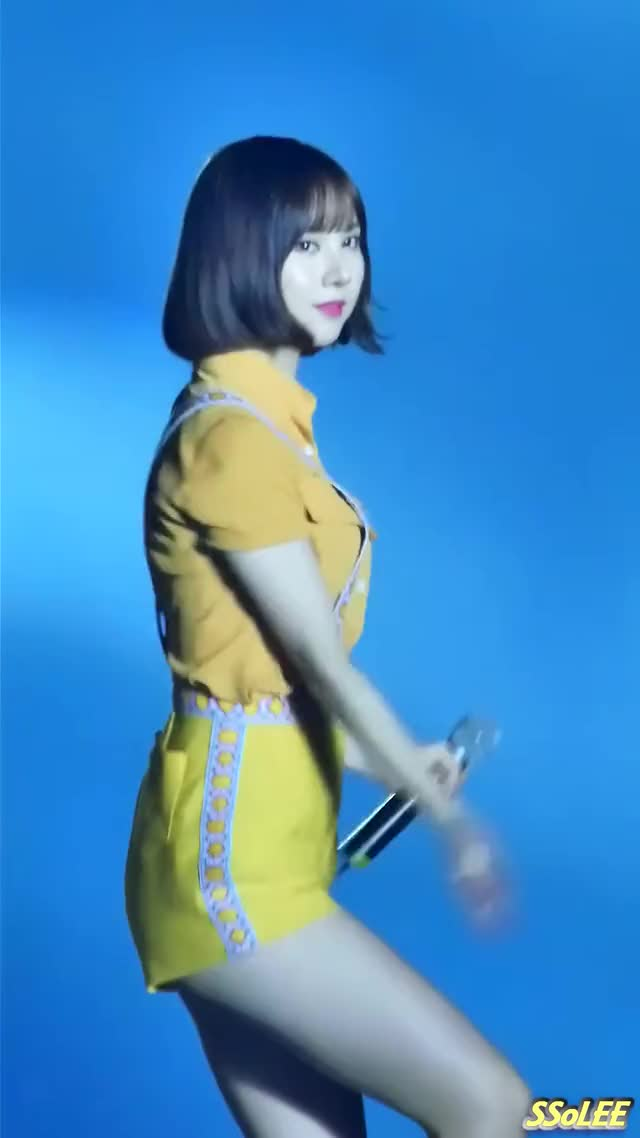 Watch and share Eunha GIFs and 여자친구 GIFs on Gfycat