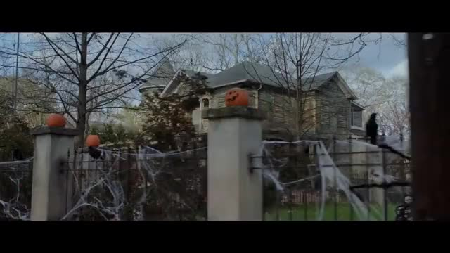 Watch GOOSEBUMPS 2: HAUNTED HALLOWEEN - Official Trailer (HD) GIF on Gfycat. Discover more goosebumps, goosebumps2movie, halloween, sequel GIFs on Gfycat
