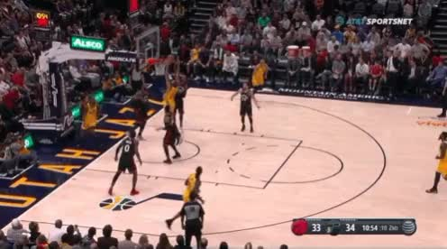 Watch and share Vs Utah Good Transition Serge Running GIFs by victorraso on Gfycat