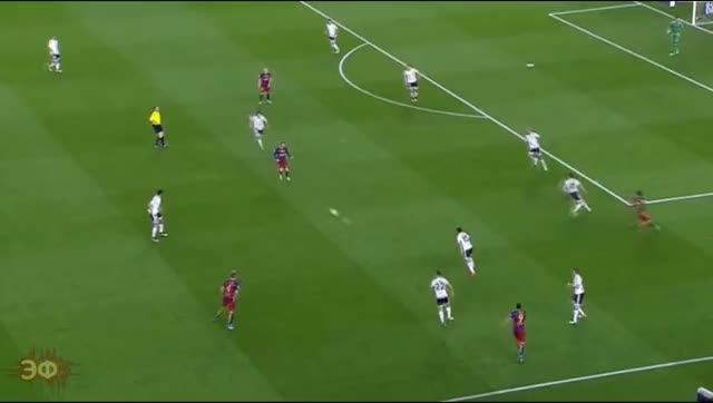 Watch and share Lionel Messi Vs Dani Parejo GIFs by Эстетика Футбола on Gfycat