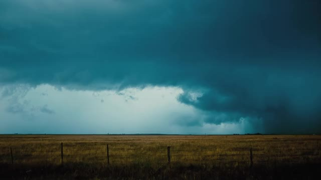 Watch Transient - 4K, UHD, 1000FPS GIF on Gfycat. Discover more 1000fps, 4k, Arizona, Flex 4k, Monsoon, Phantom Flex4K, birds, dfvc.com, dustin farrell, dustin farrell visual concepts, lightning, slow motion, stock footage, storm chasing, storms, supercell, time-lapse, timelapse, uhd, weather GIFs on Gfycat