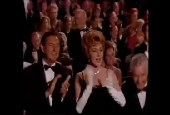 applause, oscar2 GIFs