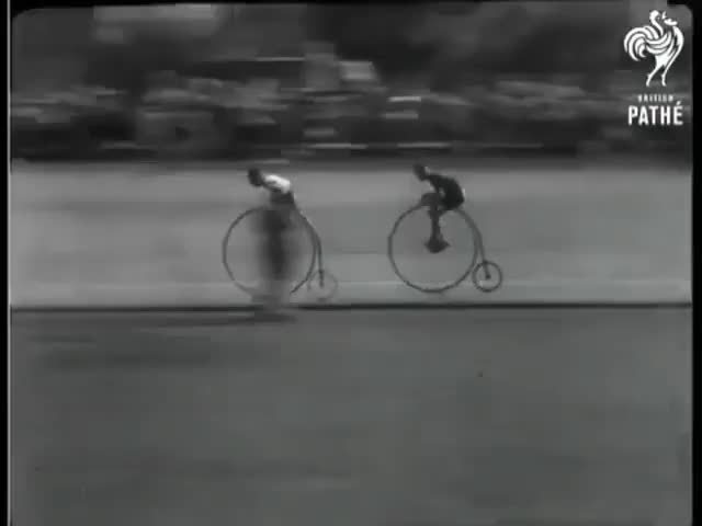 Watch and share Bicycle GIFs by wj7_02 on Gfycat