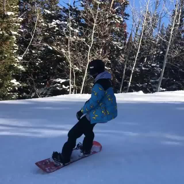 kardashian, keeping up with the kardashians, kendall, kendall jenner, model, sexy, snowboarding, Kendall Jenner Snowboarding GIFs