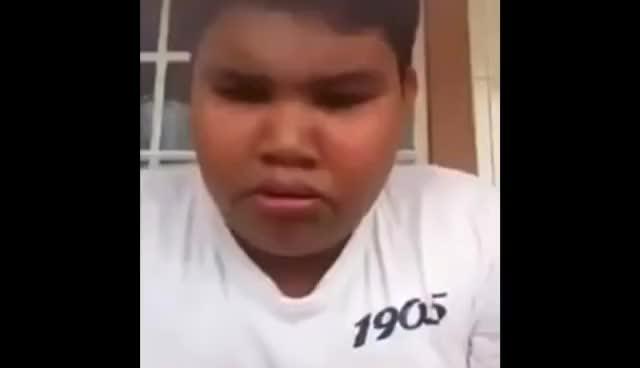 Watch and share Niño Canta Let It Go Y Se Le Sale Un Moco (Cámara Lenta) GIFs on Gfycat