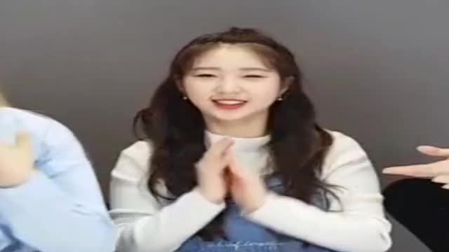 Watch and share Yeojin GIFs and Loona GIFs on Gfycat
