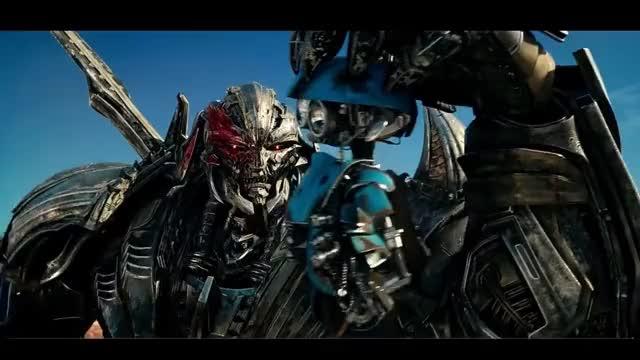 Watch Transformers 5: O Último Cavaleiro - Autobots vs Decepticons Parte 2 (HD em Português) GIF on Gfycat. Discover more related GIFs on Gfycat