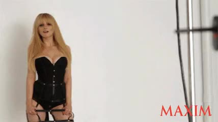 Maxim Photoshoot Gif : MelissaRauch GIFs