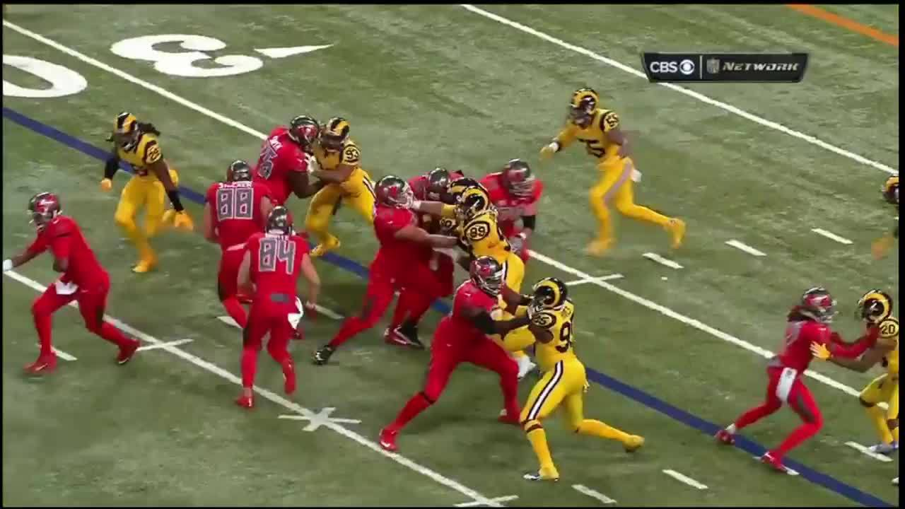 buccaneers, Play 6 GIFs
