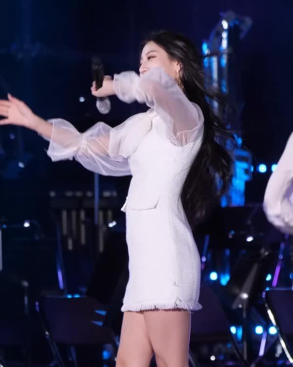 jeong ye in, lovelyz, 러블리즈 정예인  lovelyz jeong ye in 01 GIFs