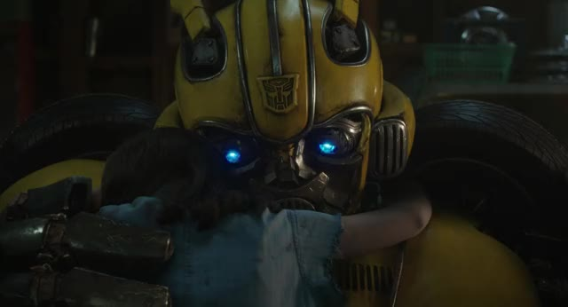 Watch this bumblebee GIF by Bumblebee Movie (@bumblebeemovie) on Gfycat. Discover more bae, bestie, besties, boo, bumble bee, bumblebee, bumblebee movie, bumblebeemovie, bumblee movie, hailee steinfeld, hug, hugs, john cena, love ya, love you, movie trailers, paramount, transformers, xoxo GIFs on Gfycat