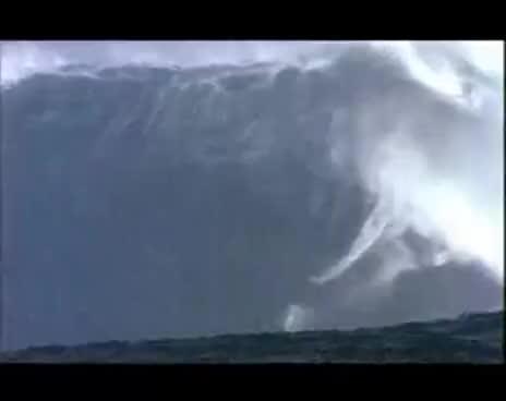 huge ass wave, Surfing GIFs