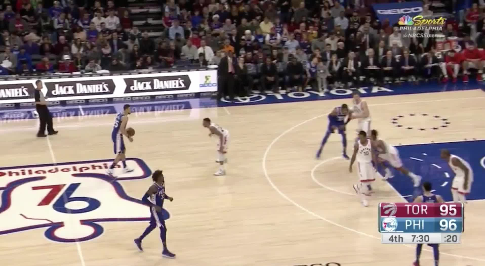 Simmons_Inverted triangle Raptors GIFs