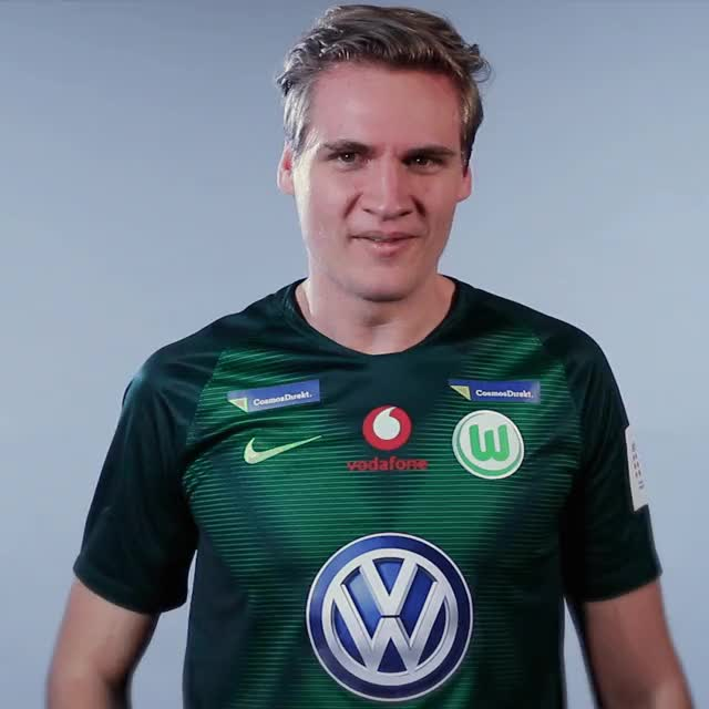 Watch and share BS Think2 GIFs by VfL Wolfsburg on Gfycat