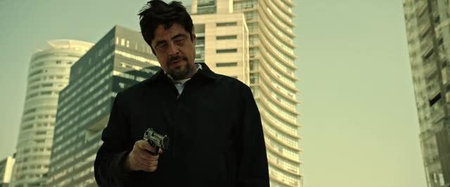 Watch and share Benicio Del Toro GIFs and Scicario GIFs by tastypotato on Gfycat