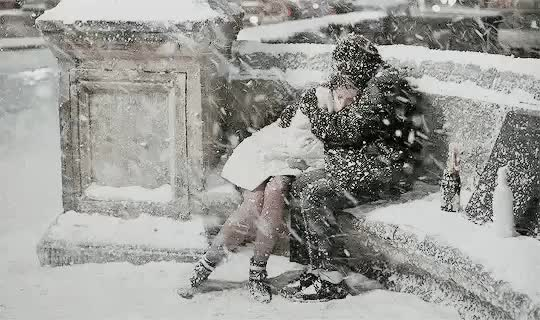 Watch and share У Женщины Всегда Должно Быть Время: Хоть Пять Минут - На Чашечку Мечты... GIFs on Gfycat