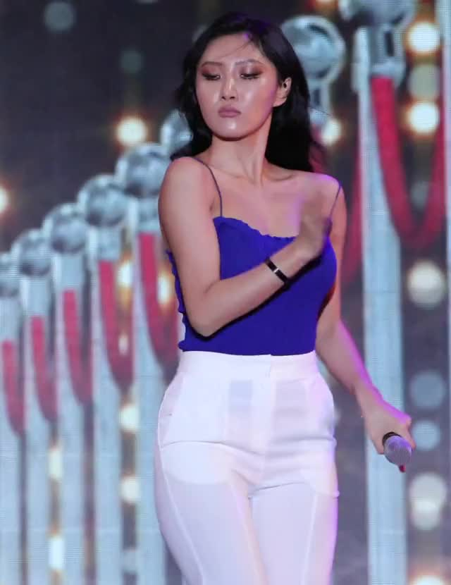 Watch and share Hwasa 2 GIFs by HottiesOnly r/asiancelebsfap on Gfycat