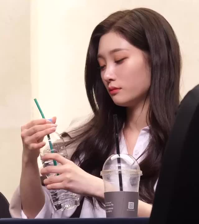 Watch and share Chaeyeon GIFs by dahyass on Gfycat