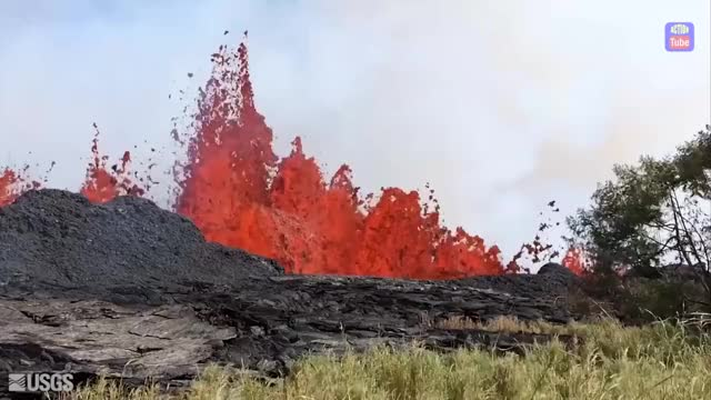 Watch Kilauea volcano Hawaii GIF by PM_ME_STEAM_K3YS (@pmmesteamk3ys) on Gfycat. Discover more related GIFs on Gfycat