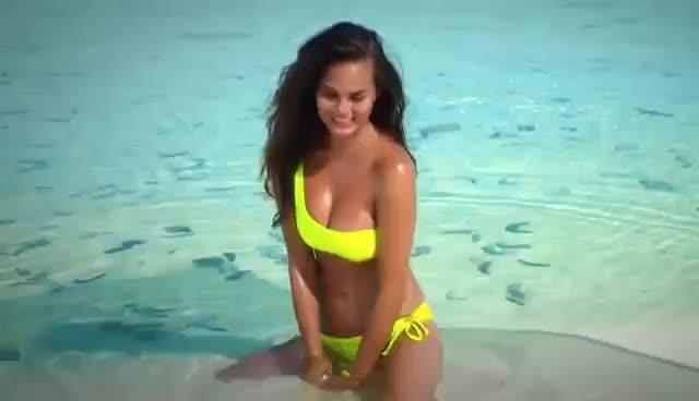 Watch and share Chrissy Teigen GIFs on Gfycat