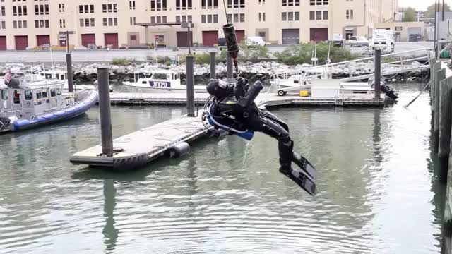 Watch and share The Elite NYPD SCUBA Team GIFs by knightdiver on Gfycat