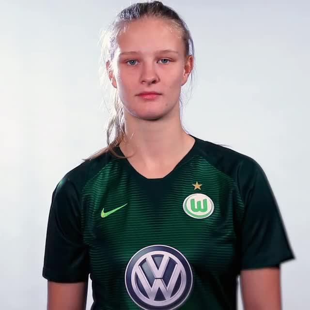 Watch and share 02 FlagBEL GIFs by VfL Wolfsburg on Gfycat