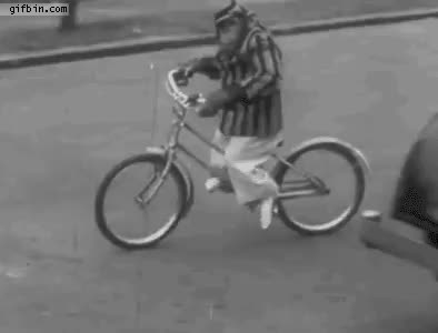 Vic laws to crush lethal monkey bikes : melbourne GIFs