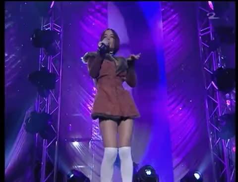 Alizee - Moi Lolita - live (HQ) GIFs