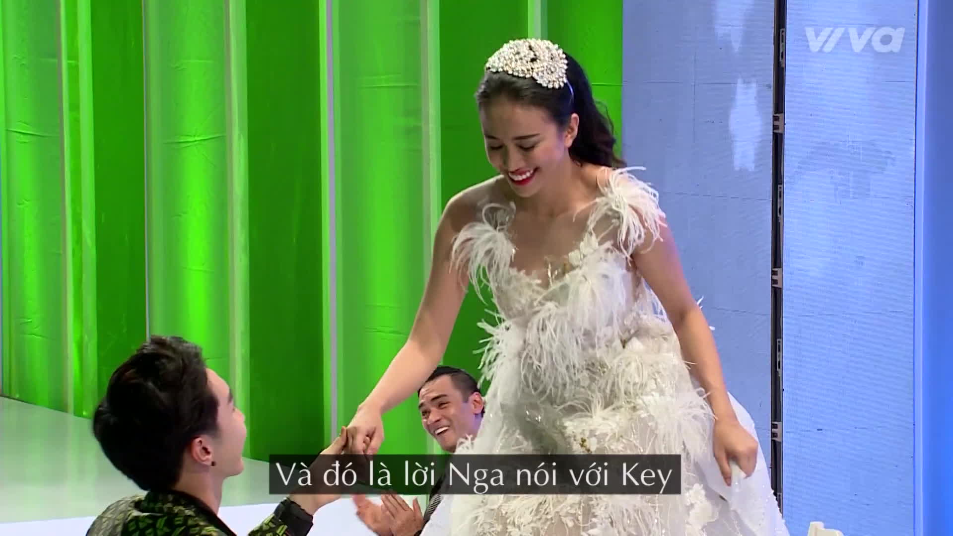 Thiên Nga  Key (MONSTAR) xứng đôi vừa lứa trong MV chế hit quốc dân Ông bà anh