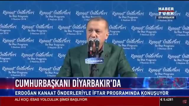 Watch Erdogan's prompter breaks down in the middle of speech GIF by Ahmet Selim Karaca (@selimkaraca) on Gfycat. Discover more related GIFs on Gfycat