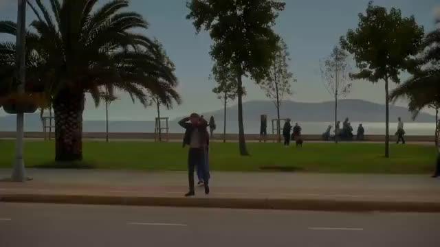 Watch and share Mutluluk Zamanı - Fragman (10 Kasım'da Sinemalarda) GIFs on Gfycat