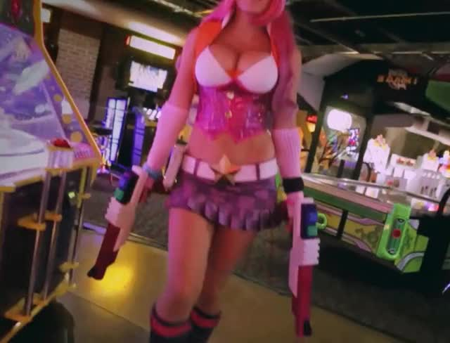 Watch and share Jessica Nigri GIFs and Cosplay GIFs by shapesus on Gfycat