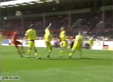 Watch and share Gol De Cabeca GIFs by Humordido on Gfycat