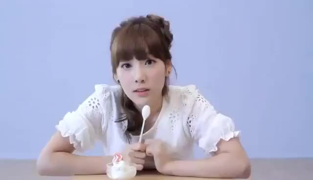 Watch this trending GIF on Gfycat. Discover more taeyeon GIFs on Gfycat