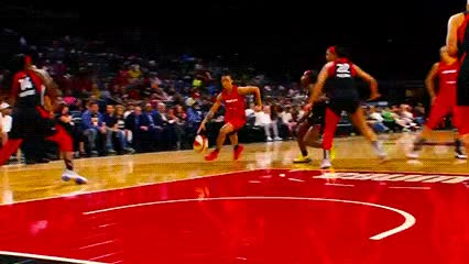 Watch and share Liz Cambage; Las Vegas Aces GIFs by Off-Hand on Gfycat