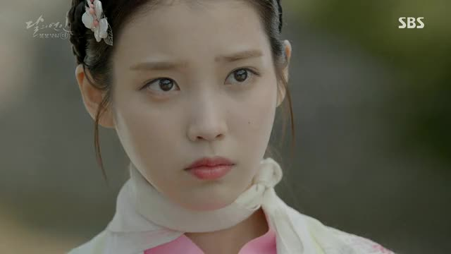 Watch and share IU.02 GIFs by erika momotani on Gfycat