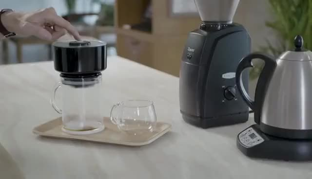 Watch FrankOne  The First One Touch Coffee and Cold Brew Maker by Eduardo Umaña — Kickstarter GIF on Gfycat. Discover more 2018, KickStarter, NEW, SHOULD, future, gadgets, have, invention, inventions, kickstartertechnology, newtechnology, you GIFs on Gfycat