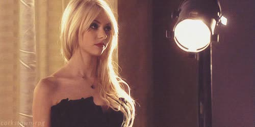 Watch this taylor momsen GIF on Gfycat. Discover more taylor momsen GIFs on Gfycat