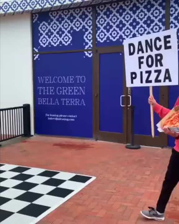 Watch dance for pizza Brent Rivera رقص من اجل البيتزا GIF by @sezar4321 on Gfycat. Discover more related GIFs on Gfycat