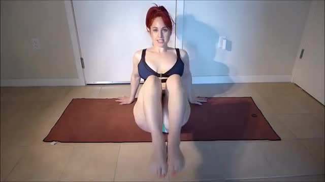 Watch Hip Twist - Ab Building Exercise - PAWG GIF on Gfycat. Discover more fitness, fitness workout, workout GIFs on Gfycat