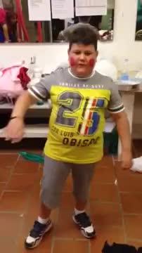 Bambino ciccione GIFs